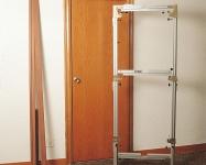 Шаблон может использоваться для установки дверных коробок с различными размерами дверей, выполненных по стандарту UNE 56802