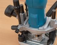 Точная настройка глубины фрезерования и шестиступенчатый револьверный упор для быстрой настройки глубины фрезерования.