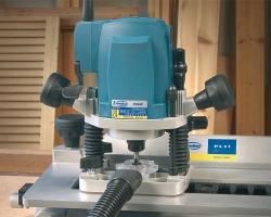 Система надежной фиксации глубины фрезерования: идеально для работы с шипорезным приспособлением.